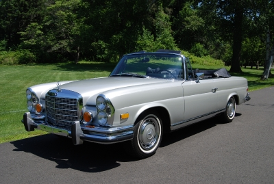 1970 Mercedes Benz 280SE Cabriolet Low Grill