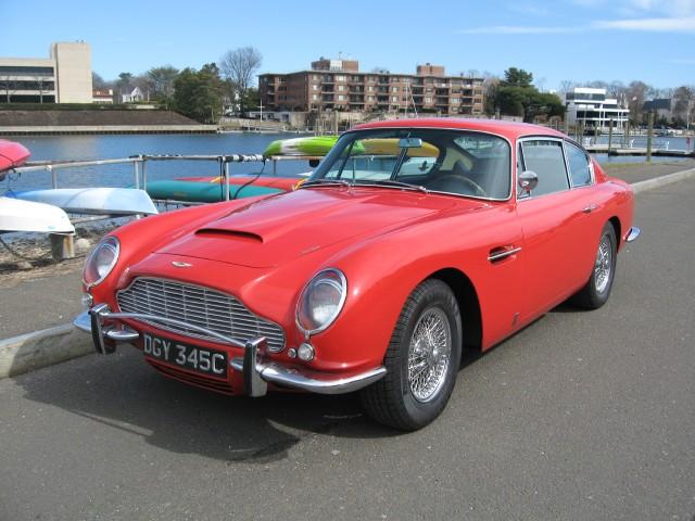 Aston Martin DB LHD - 1967 aston martin