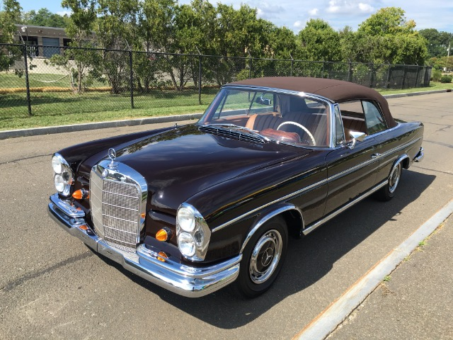 1967 mercedes benz 300se cabriolet for Mercedes benz of greenwich used cars
