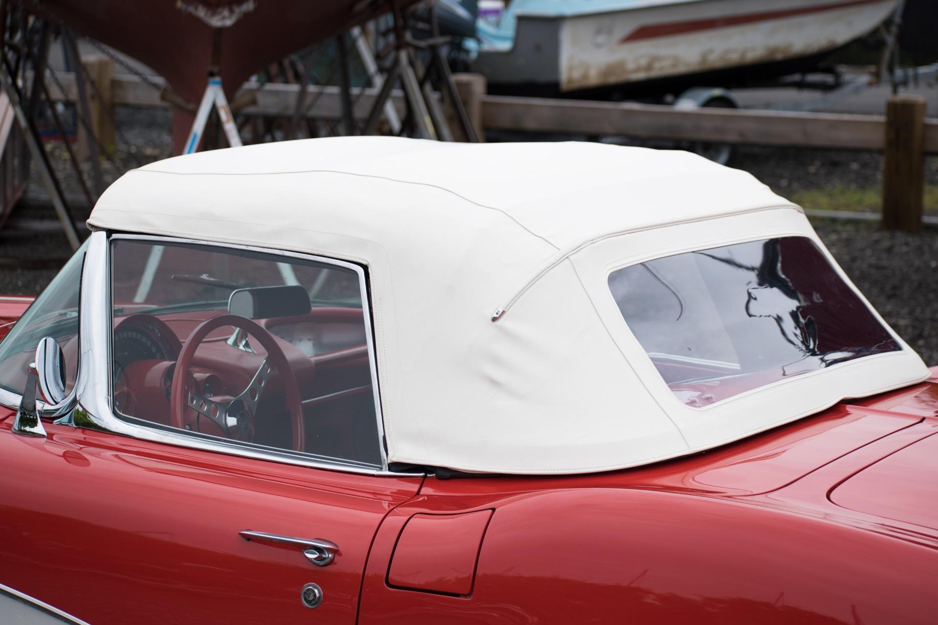 1961 Chevrolet Corvette -