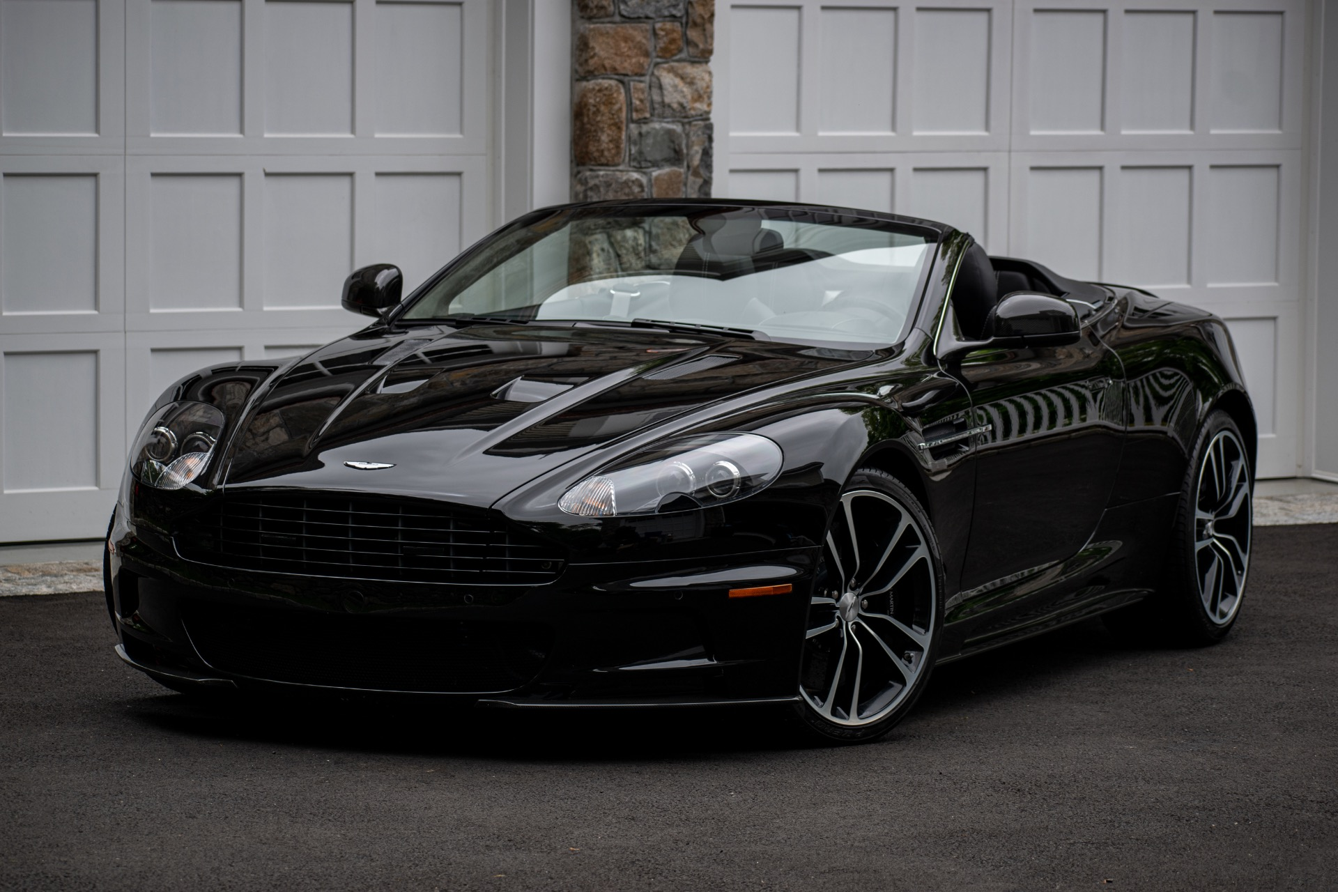 2012 Aston Martin DBS Carbon Black Edition